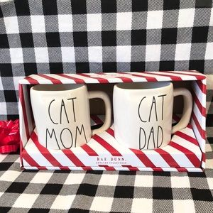 Rae Dunn CAT MOM DAD mug set